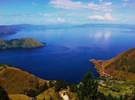 Afbeeldingsresultaat voor lake toba indonesia