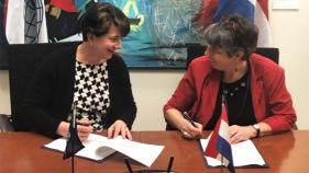 Signing TF Reina Buijs